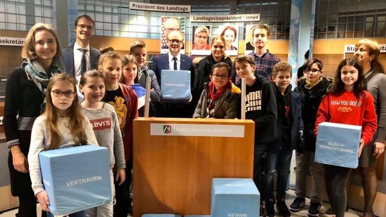 Landtag macht Schule